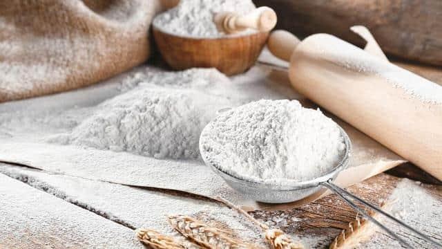 教你区分高筋面粉,中筋面粉,低筋面粉,原来它们各有用途